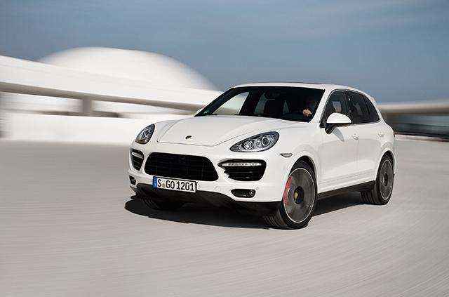 2013-Porsche-Cayenne-Turbo-S