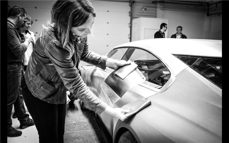 2014-Peugeot-Exalt-Concept-Construction-8-2560x1600