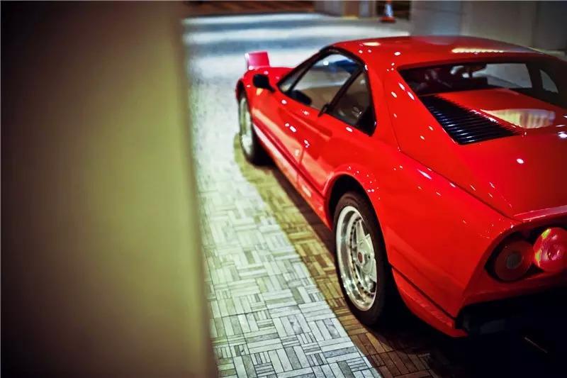 Ferrari 007
