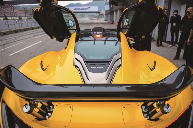 拜神 McLaren P1 004