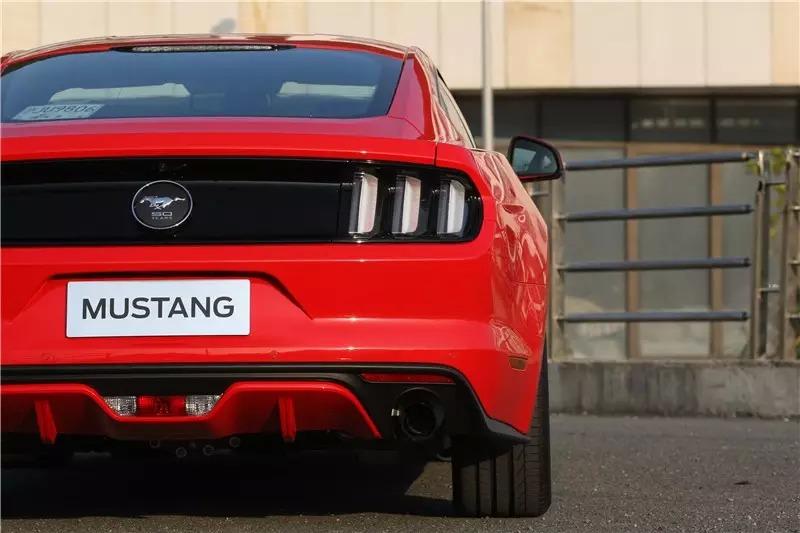 失落的年代 Ford Mustang 004