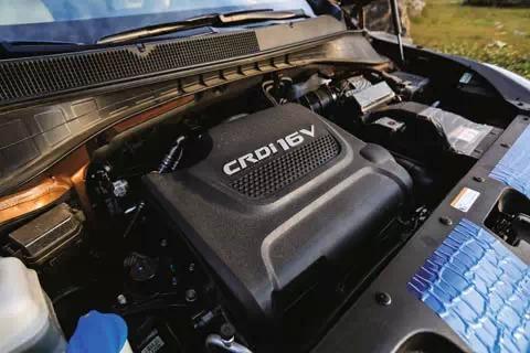 七座之争 起亚新索兰托L 2.2T柴油版 003