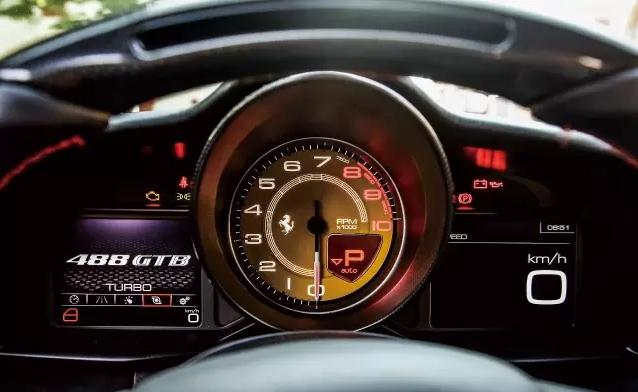 史上最强神马  Ferrari 488 GTB 004