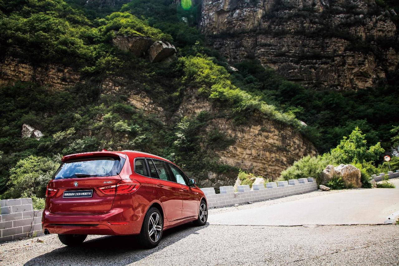 BMW 2系多功能旅行车 007