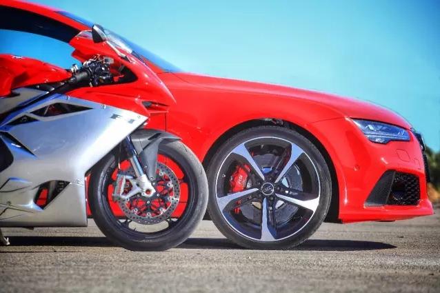 速度与激情 Audi RS7 & Agusta F4 003