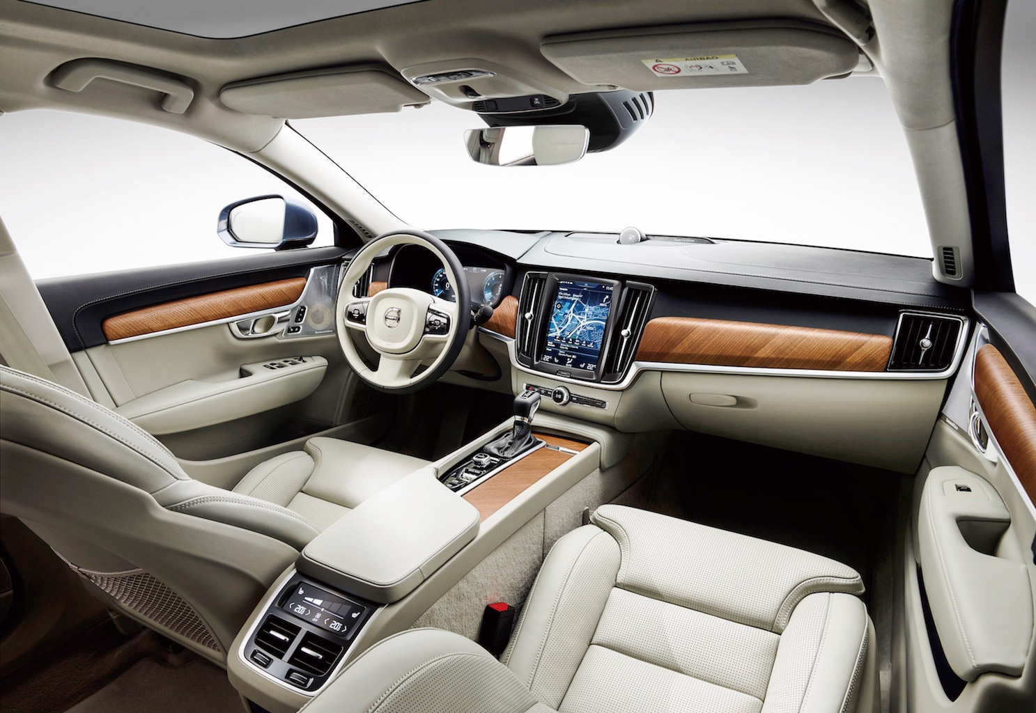 Interior cockpit Volvo S90 blond