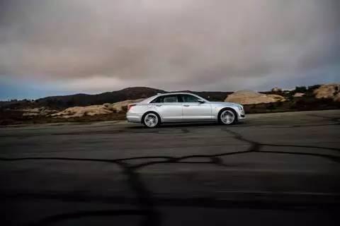 重拾开拓精神 Cadillac CT6 007